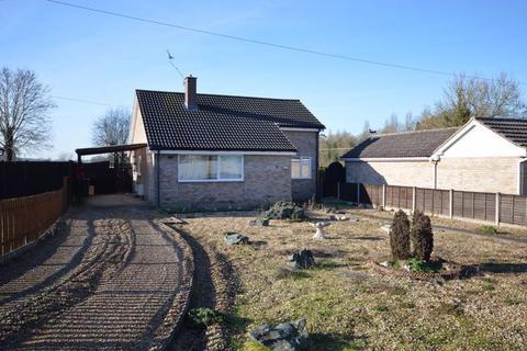 3 bedroom detached bungalow for sale - Wayland Avenue Watton
