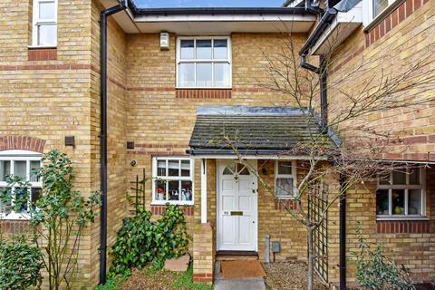 2 bedroom terraced house for sale - Webster Road, London SE16