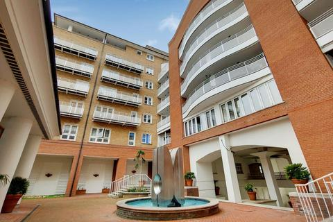 2 bedroom flat for sale - Odessa Street, London SE16
