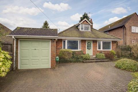 4 bedroom detached bungalow for sale - Chestnut Avenue, Chesham