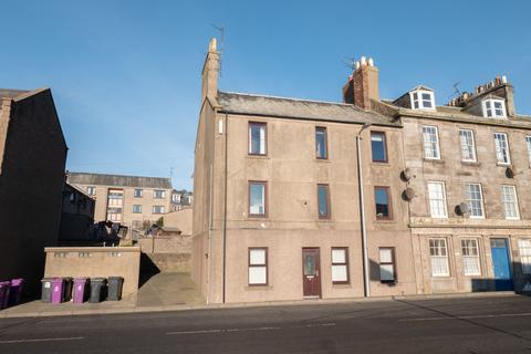2 bedroom flat for sale - Wharf Street, Montrose