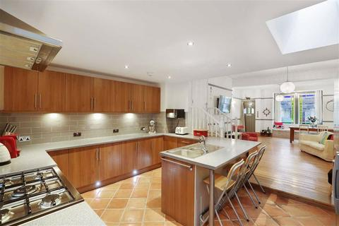 4 bedroom end of terrace house for sale - Elvino Road, Sydenham