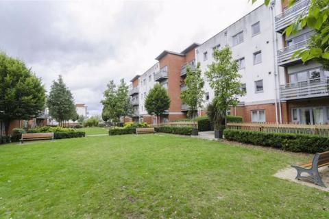 2 bedroom flat to rent - Cannock Court, Walthamtsow
