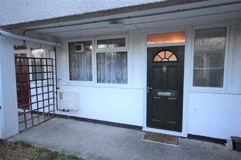 3 bedroom ground floor maisonette to rent - Astins House, Walthamstow