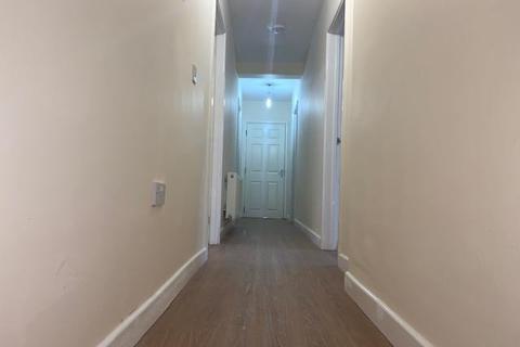 2 bedroom flat to rent - Broadstone Avenue, Walsall