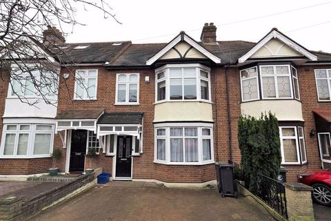 3 bedroom terraced house to rent - Chestnut Avenue, Buckhurst Hill, Essex