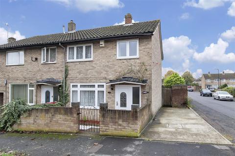 2 bedroom house for sale - Pemberton Road, Slough