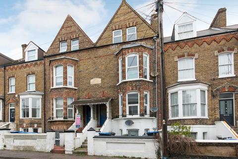 3 bedroom maisonette for sale - West Cliff Road, Ramsgate