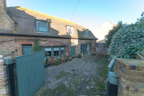 3 bedroom house for sale - Camden Road, Ramsgate