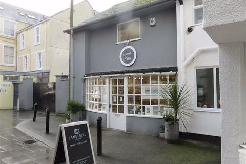 Shop to rent - Wall Street, Beaumaris, Anglesey