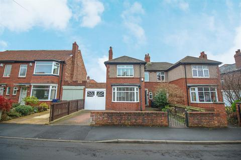 3 bedroom semi-detached house to rent - Swaledale Gardens, High Heaton, Newcastle upon Tyne