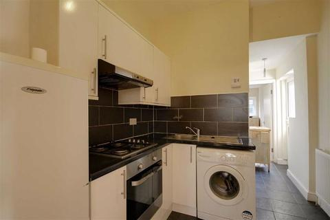 2 bedroom flat to rent - Cleveland Park Crescent, Walthamstow, London