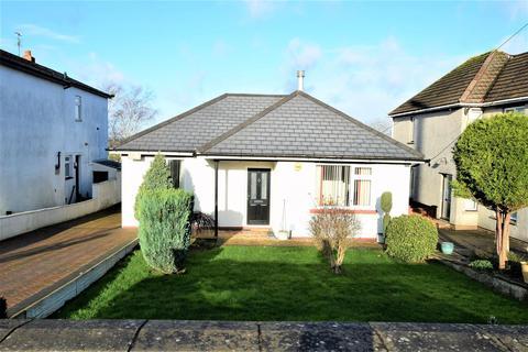 3 bedroom bungalow for sale - Port Road East, Barry