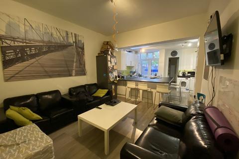 7 bedroom house share to rent - Raddlebarn Road, Selly Oak, Birmingham, West Midlands, B29