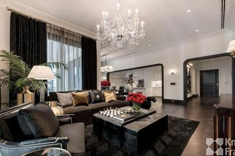 3 bedroom block of apartments - 98 Wireless, 252.22 sq.m