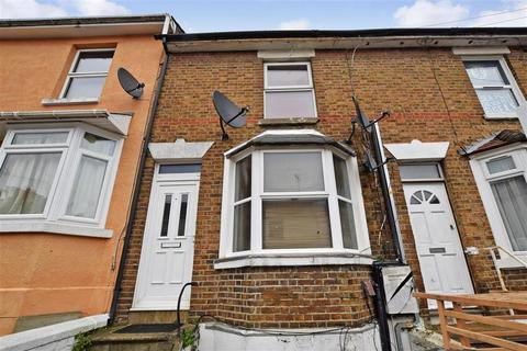 3 bedroom terraced house for sale - Charlton Street, Maidstone, Kent