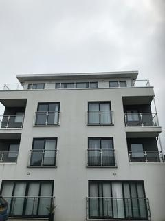 3 bedroom flat to rent - Trevose Mount Wise, Newquay, TR7