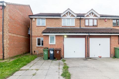 4 bedroom semi-detached house for sale - Clemence road , Essex , Dagenham  RM10