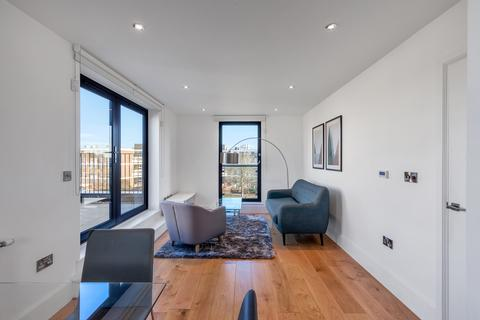 1 bedroom apartment to rent - Euler Court, Parkside, Bow E3