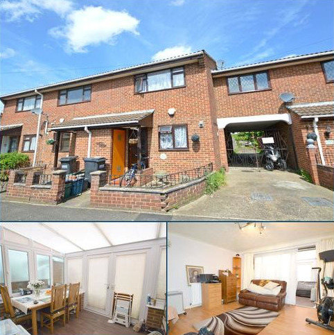 3 bedroom terraced house for sale - Salisbury Road, Woodside, Croydon, Surrey SE25