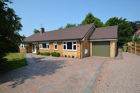 3 bedroom detached bungalow for sale - 8 Gainsborough Road, Winthorpe