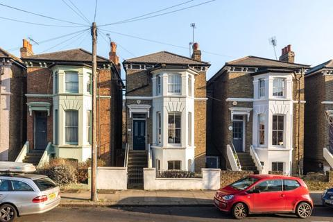 3 bedroom detached house for sale - Starfield Road W12