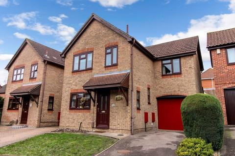 3 bedroom semi-detached house for sale - Moorland Close, Southampton