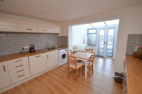 2 bedroom terraced house for sale - Happy Island Way, Bridport