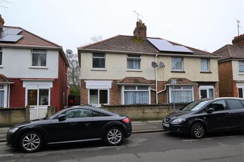 3 bedroom terraced house to rent - Beckhampton Street, Swindon