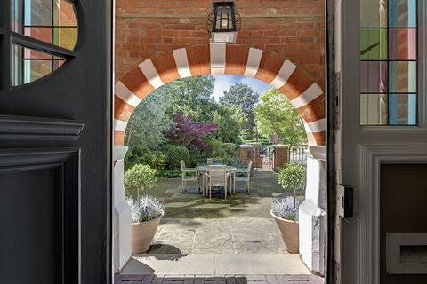 6 bedroom semi-detached house for sale - Gainsborough Gardens, Hampstead Village, London NW3