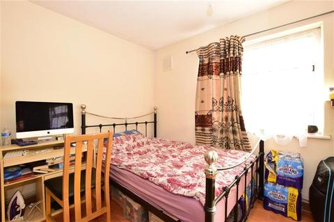 1 bedroom ground floor maisonette for sale - Cherrydown Avenue, Chingford