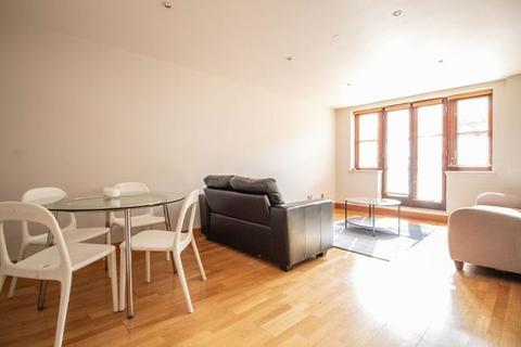 2 bedroom flat to rent - Kingsley Mews, Wapping, London