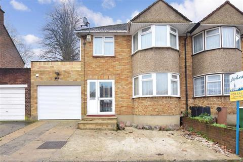 3 bedroom semi-detached house for sale - Okehampton Crescent, Welling, Kent