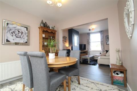 3 bedroom terraced house to rent - Tuffs Cottages, Grain Road, Middle Stoke, Rochester, ME3