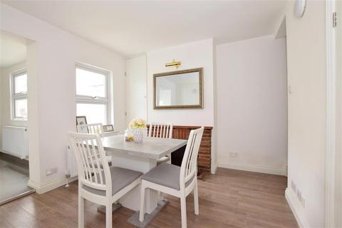 2 bedroom ground floor maisonette for sale - London Road, Southborough, Tunbridge Wells, Kent