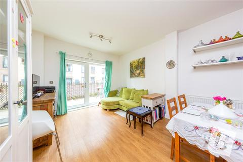 2 bedroom apartment for sale - Pulse Court, Maxwell Road, Romford, RM7