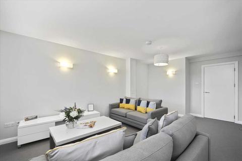 2 bedroom apartment to rent - Heathfield Square