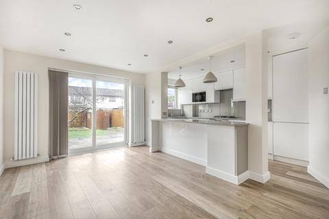 3 bedroom semi-detached house for sale - Dinsdale Gardens, South Norwood