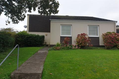 2 bedroom detached bungalow for sale - Church Way, Falmouth