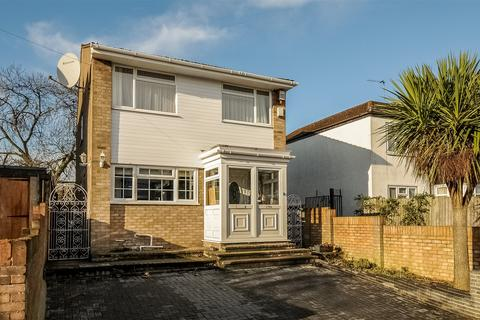 4 bedroom detached house to rent - Empire Avenue, Palmers Green, London, N18