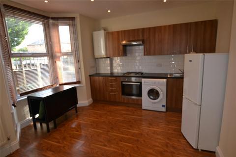 1 bedroom flat to rent - Brownlow Road, London, N11