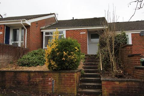 2 bedroom terraced bungalow to rent - Elder Close, Winchester, SO22