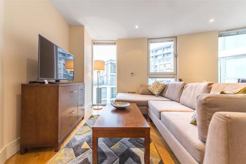 1 bedroom apartment for sale - Trinity Tower, 28 Quadrant Walk, Canary Wharf, London, E14