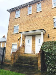 2 bedroom duplex to rent - Diana Road, Chatham