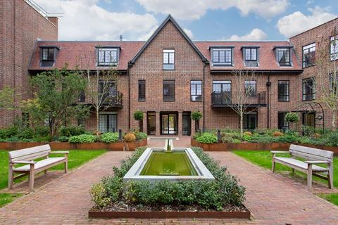 3 bedroom apartment to rent - Hampstead Reach