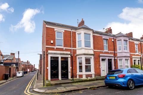 3 bedroom apartment for sale - Tavistock Road, Jesmond, Newcastle Upon Tyne, Tyne And Wear