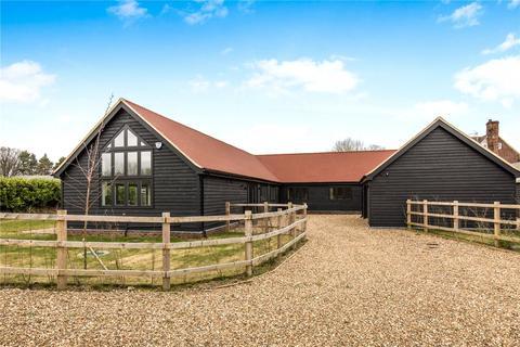 5 bedroom barn conversion to rent - Kites View Barns, Bradden Lane, Gaddesden Row, Hemel Hempstead, HP2