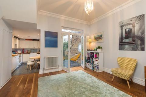 4 bedroom maisonette for sale - St Elmo Road W12