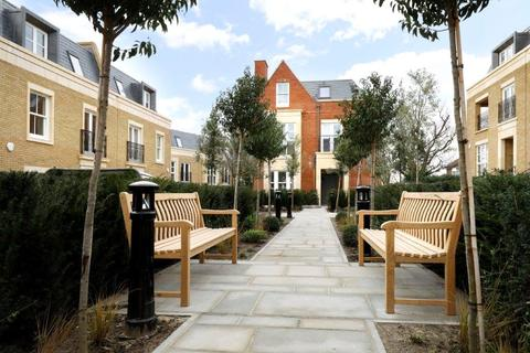 4 bedroom semi-detached house for sale - Blossom Square, 8A The Drive, Wimbledon, London, SW20