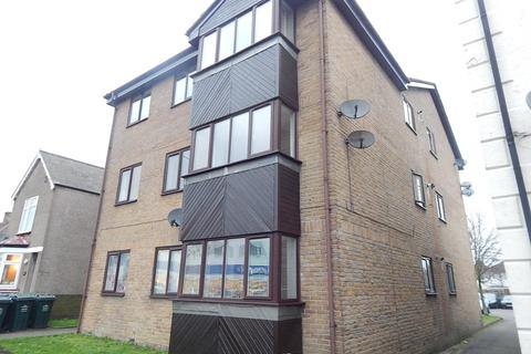 2 bedroom flat to rent - The Brent, Dartford